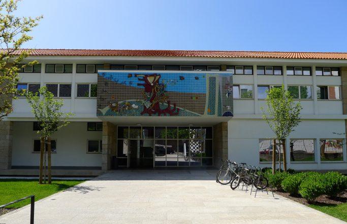 Escola Clara de Resende